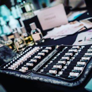 kit de muestras de 56 perfumes de prouvé