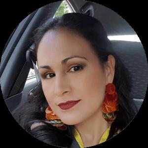 Sonia Briones socia PERFUMES PROUVE