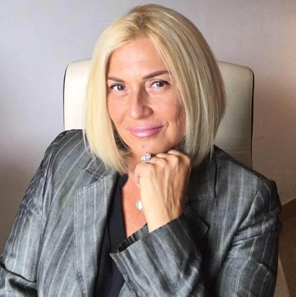 Anita Nagy Perfumes Prouvé